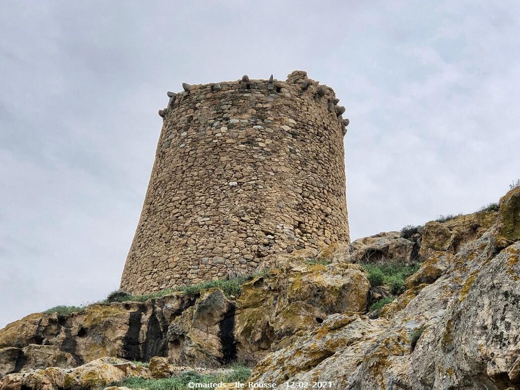 Tour génoise de la Pietra - Ile-Rousse