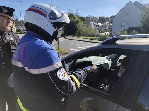 Environ 1 400 contraventions ont été dressées par la police et la gendarmerie dans le Finistère lors de la première semaine de confinement.