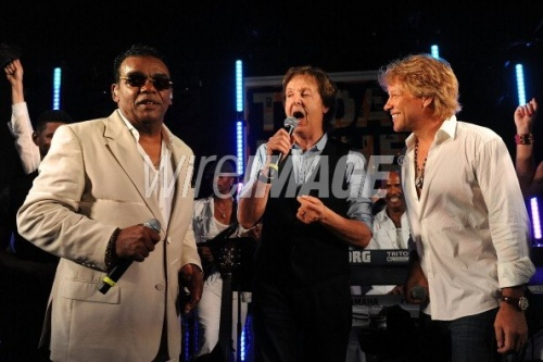 JON & RICHIE LAST NIGHT AT A GIG IN THE HAMPTON'S ! AUGUST 11/2012