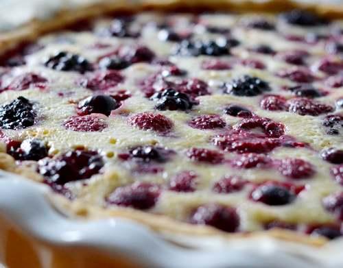 Recette de cuisine : Tarte amandine aux fruits rouges