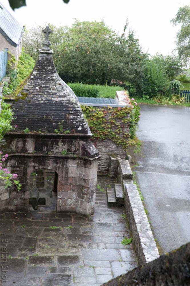 fontaine saint-Efflam à Plestin-les-Grèves