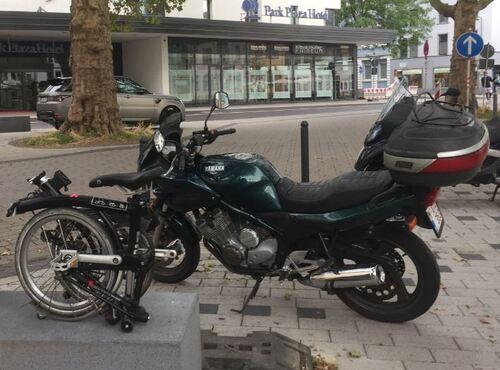 Portrait d'une motarde