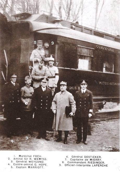 L'Armistice dans la forêt de Compiègne, le 11 novembre 1918