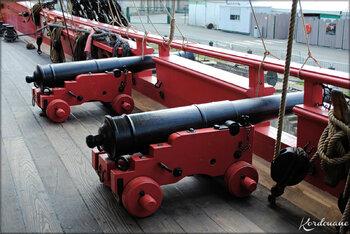 Photos des canons et boulets de l'Hermione (Rochefort sur mer)