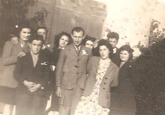le-lendemain-du-mariage-de-Renee-et-Albert-2-001.jpg