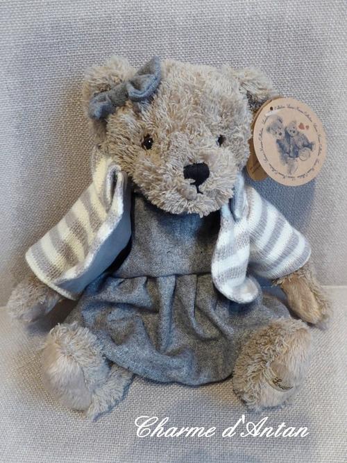 Les nouveaux  ours de Louise Mansen  se sont installés dans la boutique ...