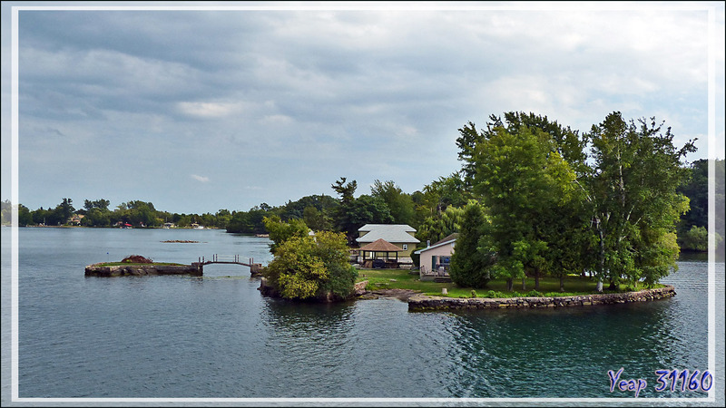 Thousand Islands (Les Mille-Îles) - Gananoque - Ontario - Canada