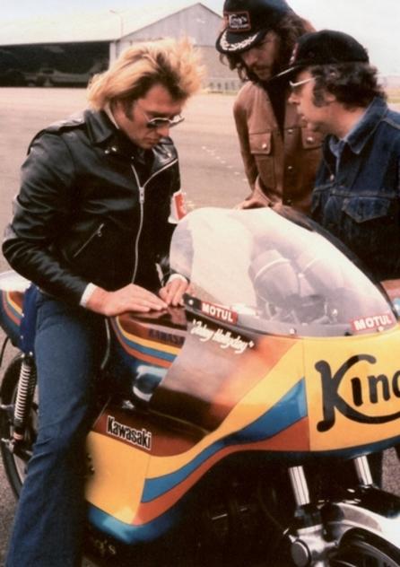 """Résultat de recherche d'images pour """"photos sylvie vartan en jean clouté 1974"""""""
