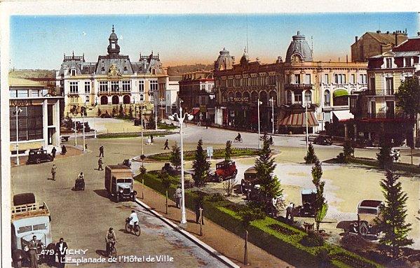 Esplanade-Hotel-de-ville.jpg