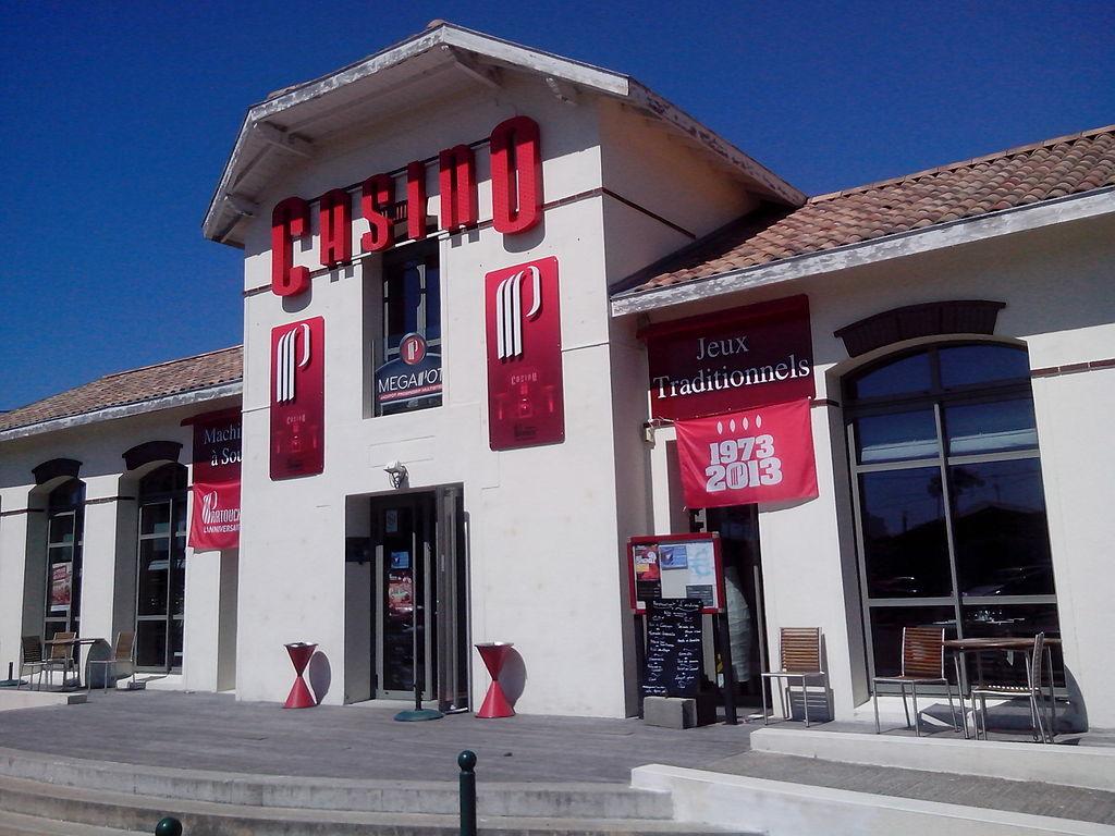 Casino de La Tremblade.jpg