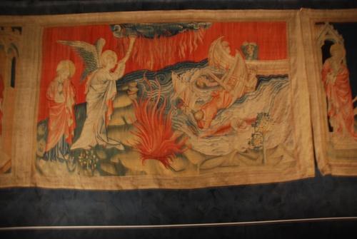 Le çateau d'Anzers (Anzouiu) et la tapiseerie de l'Apocalypse (photos)