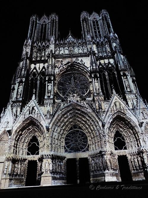 Spectacle de nuit sur la Cathédrale de Reims