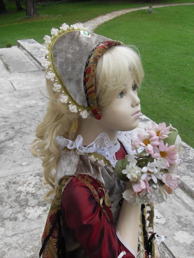 Les derniers costumes d'Elisabeth Nicvert...