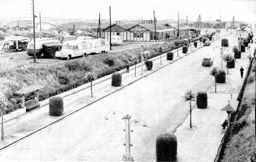 L'avenue de la plage des années cinquante