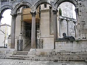split-palais-diocletien-174