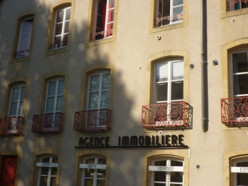 Agence immobilière (25 avril 2011)