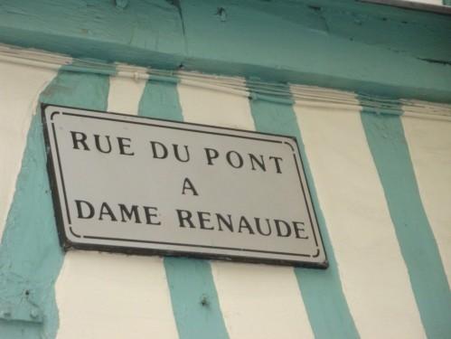Rouen-rue-du-Pont-a-Dame-Renaude.jpg