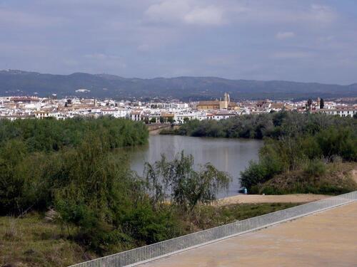 Premier panorama sur la ville