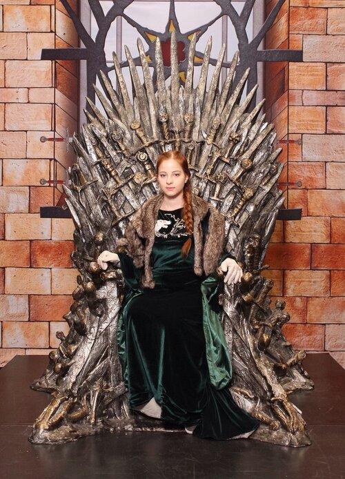 Les plus beaux cosplays de Sansa Stark