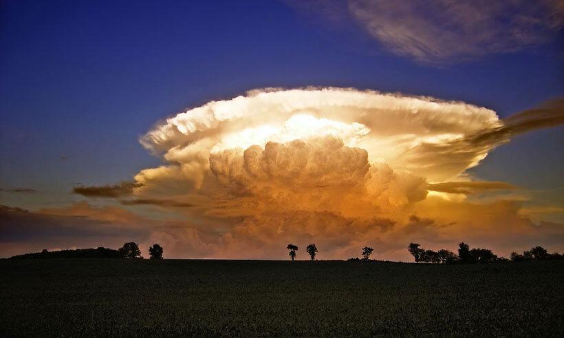 les-8-nuages-les-plus-spectaculaires-qui-flottent-au-dessus-de-votre-tete30