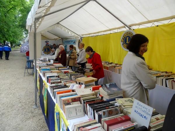 Quelques stands d'exposants aux Journées Châtillonnaises 2016...