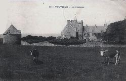 LES REMPARTS DE VAUVILLE (Manche)