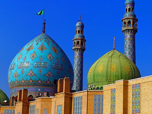 Iran-monument.jpg