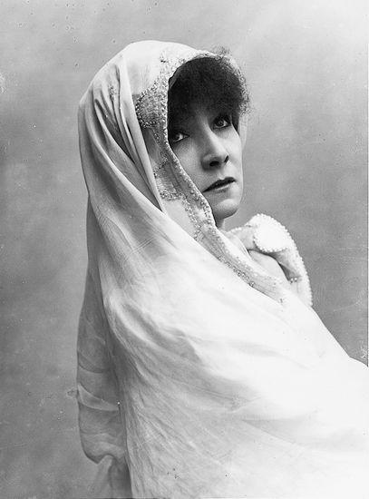 Sarah Berhardt dans <i>Phèdre</i> de Racine