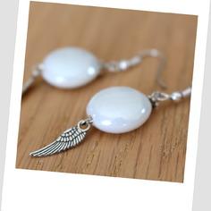 Bo créateur perle blanche et plume argentée