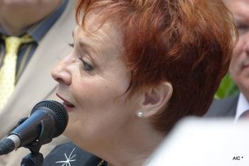3.8 Fabienne Thibeault
