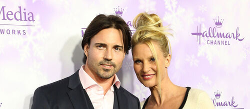 Nicollette Sheridan divorce.