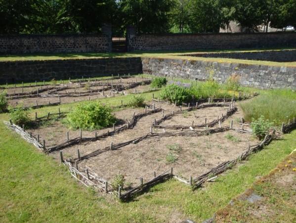 jardin médiéval.8g