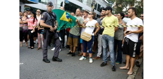 Brésil: Lula, soupçonné de corruption, interrogé par la police