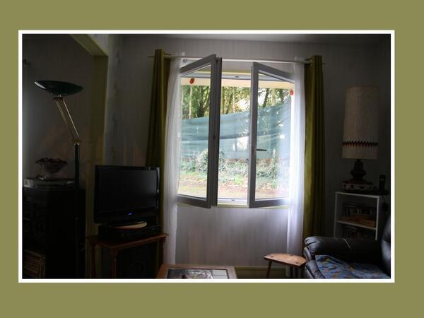 Par la fenêtre ouverte....