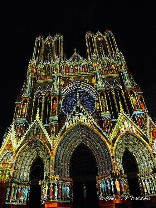 Spectacle de nuit sur la cathédrale de Reims - 4