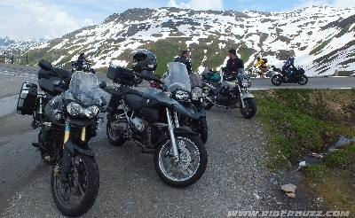 MOTO TOUR 2013 - Où l'on atteint à la fois les sommets et le sublime !
