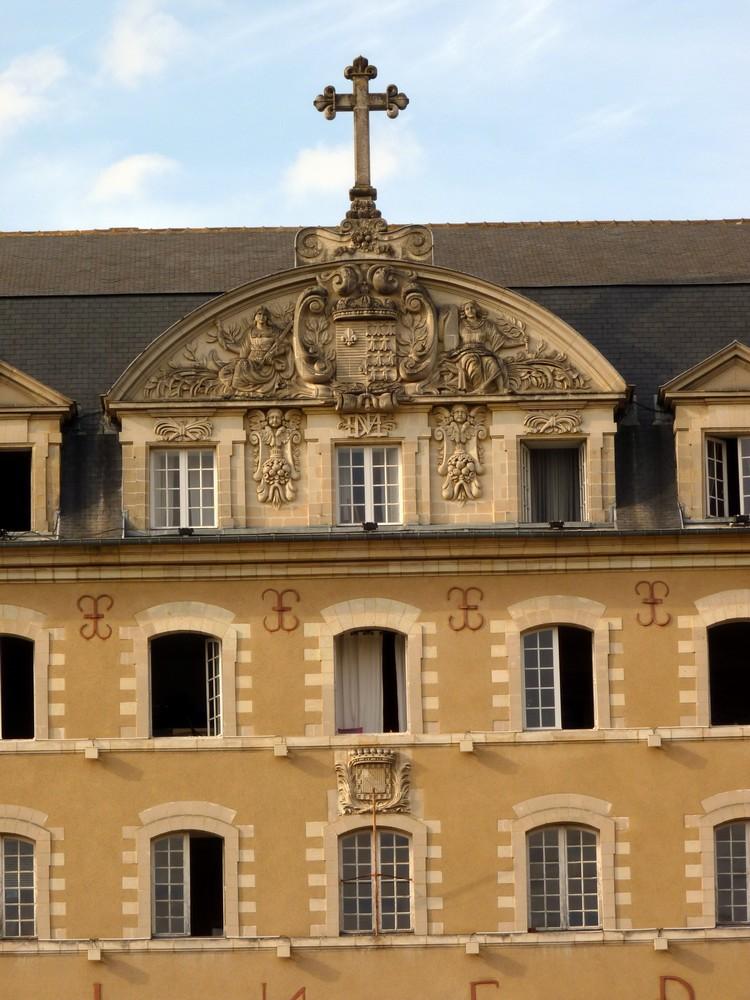 Palais Saint-Georges (détail)