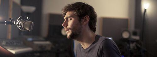 Alvaro Soler revient avec un single intitulé Sofia