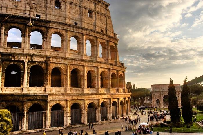 Suivez Le Guide À Rome