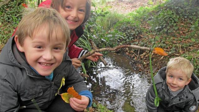Les écoliers de Saint-Jean ont profité d'une première animation de Écol'eau Scorff dans la vallée du Scorff.