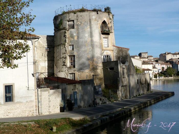 Castelnaudary - Le port, le canal du Midi ...