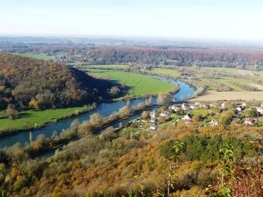 Belvédère du Rocher de Valmy - Panorama sur la Vallée du Doubs