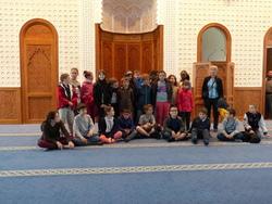 Visite de la mosquée et de la synagogue.