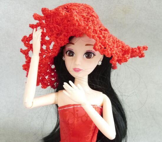 Autour du jupon de Barbie