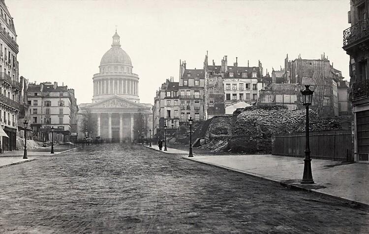 Les travaux de la rue Soufflot commencés sous le Second Empire (photographie de Charles Marville