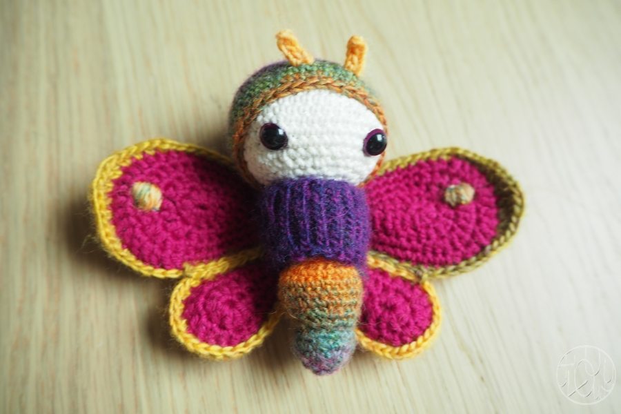 Papillons crochetés pour futurs grands frère et soeur !