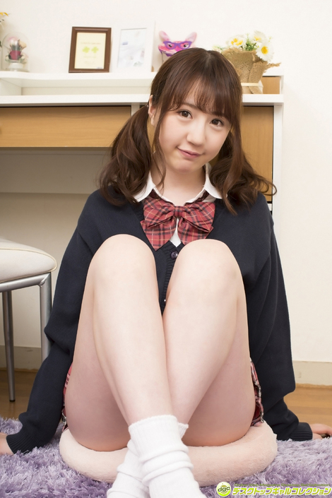 WEB Gravure : ( [DGC] - | 2017.07 | Yui Moriyama/森山結衣 : バレエの特技を活かした柔軟性が自慢19歳 )