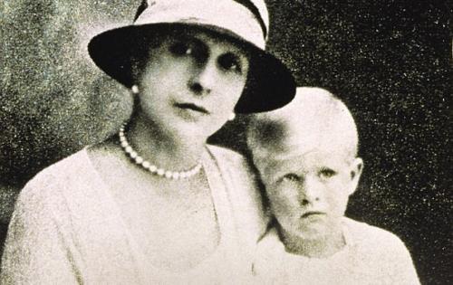 Comment la belle-mère de la reine d'Angleterre sauva des Juifs pendant la  Shoah – Comité Français pour Yad Vashem
