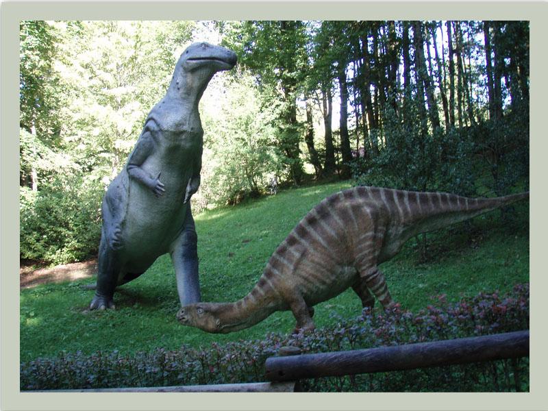 25620 Charbonnièer-les-Sapins  Dino-Zoo