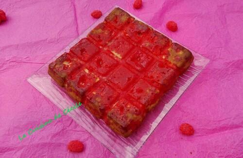 Brownie chocolat blanc-pralines roses